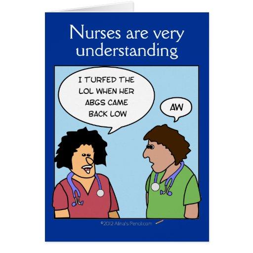 Las enfermeras divertidas del dibujo animado están felicitacion