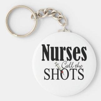 Las enfermeras llaman los tiros llavero redondo tipo pin