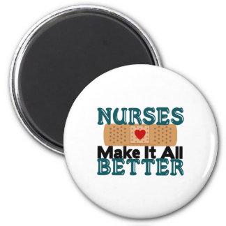 Las enfermeras lo hacen todo mejor imán redondo 5 cm