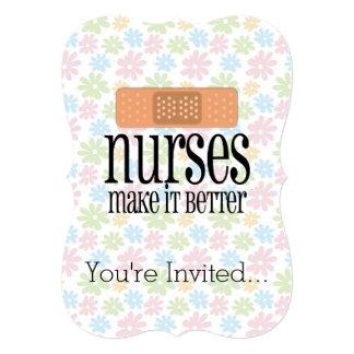 """Las enfermeras lo hacen un vendaje mejor, lindo de invitación 5"""" x 7"""""""