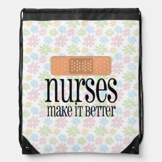Las enfermeras lo hacen un vendaje mejor, lindo de mochilas