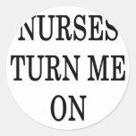 Las enfermeras me giran etiqueta redonda