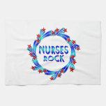 Las enfermeras oscilan las estrellas rojas toallas de mano