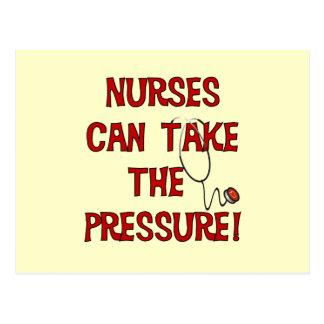Las enfermeras pueden tomar la presión postales