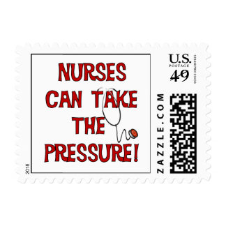 Las enfermeras pueden tomar la presión