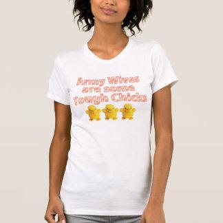 Las esposas del ejército son algunos polluelos camiseta