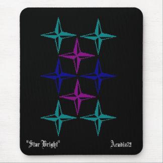 Las estrellas Acadia72 protagonizan brillante Tapete De Raton