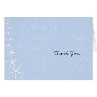 Las estrellas de mar azules claras, casandose le tarjeta pequeña