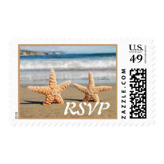Las estrellas de mar se juntan en el franqueo del sello postal