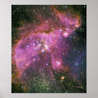 Las estrellas jovenes esculpen la pequeña nube de  póster