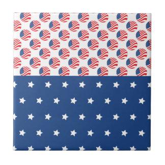 Las estrellas patrióticas rayan la bandera de la l azulejo cuadrado pequeño