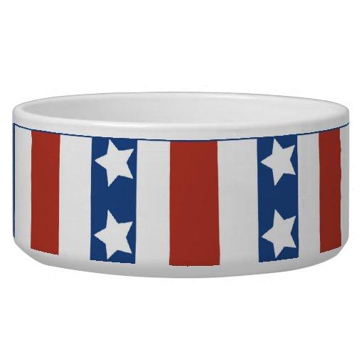 Las estrellas patrióticas rayan la bandera de la l boles para gatos
