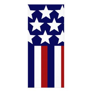 Las estrellas patrióticas rayan la bandera de la l comunicado personalizado