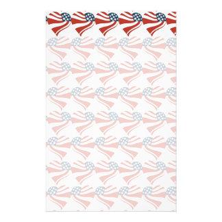 Las estrellas patrióticas rayan los corazones 4tos papelería