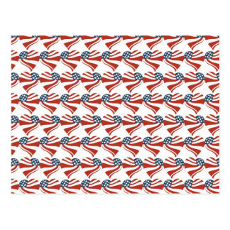 Las estrellas patrióticas rayan los corazones 4tos tarjeta postal