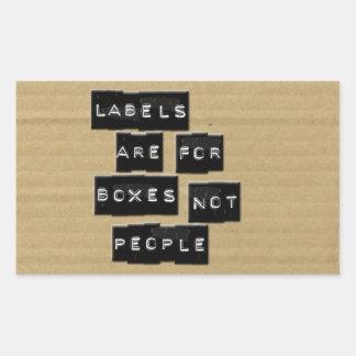 Las etiquetas están para la gente de las cajas no pegatina rectangular