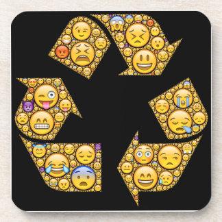 las expresiones emocionales del Emoji-arte adentro Apoyavasos