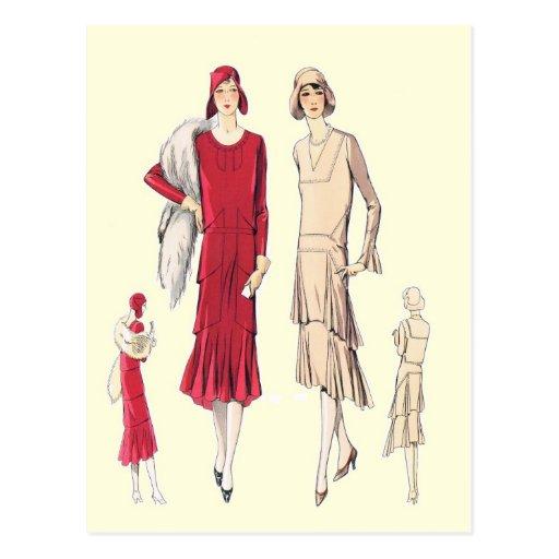 Las faldas acodadas proporcionan forma postales