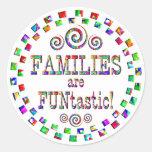 Las familias son Funtastic Pegatinas Redondas