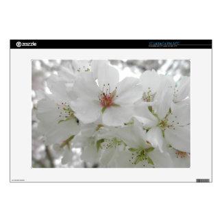 Las flores de cerezo blancas Sakura florecen la fo Portátil Calcomanías