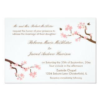 """Las flores de cerezo en el paisaje blanco invitan invitación 5"""" x 7"""""""