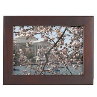 Las flores de cerezo en la floración en Washington Caja De Recuerdos