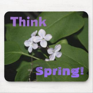 Las flores de la lila piensan la primavera Mousepa Mouse Pads