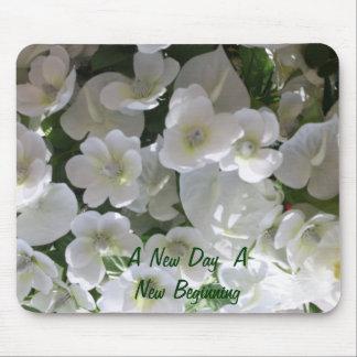 Las flores de la pureza por Sherri Alfombrilla De Ratones