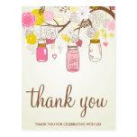 Las flores del vintage y los tarros de albañil le  tarjetas postales
