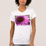 las flores llenan el mundo de amor camiseta