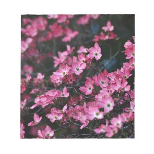 Las flores rosadas del árbol de Dogwood Libreta Para Notas