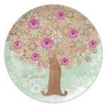 Las flores y árbol rosados florecientes - platee e plato
