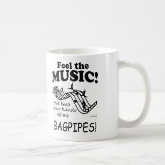 Las gaitas sienten la música tazas de café
