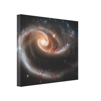 Las galaxias espirales color de rosa envolvieron l impresión en lienzo