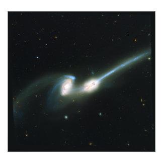 Las galaxias NGC 4676 de los ratones que chocan y  Fotos
