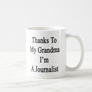 Las gracias a mi abuela soy periodista taza clásica