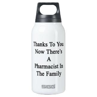 Las gracias a usted ahora allí son farmacéutico en