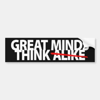 Las grandes mentes piensan igualmente pegatina para auto