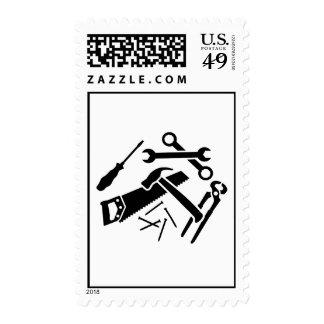 Las herramientas vieron el destornillador de los timbre postal
