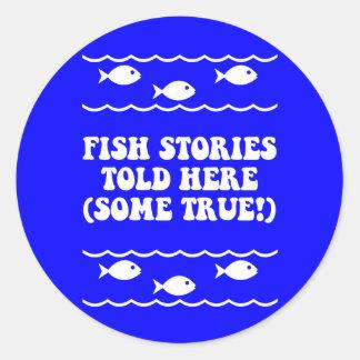 Las historias de los pescados dijeron aquí pegatina redonda
