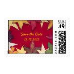 Las hojas de otoño ahorran el franqueo de la fecha