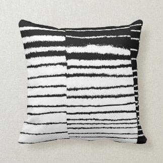 Las Lineas Pillow
