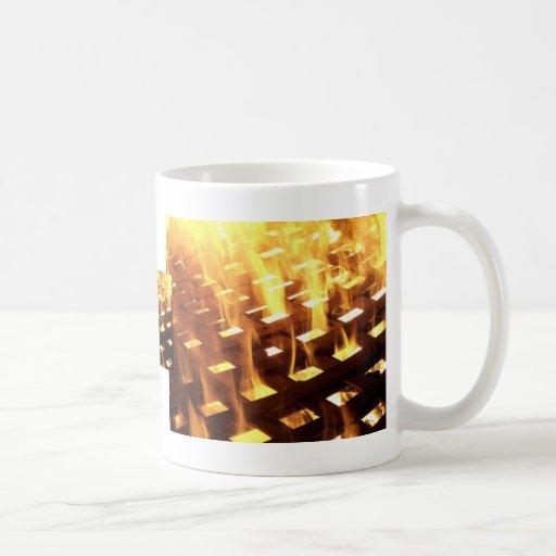 Las llamas del fuego a través de una fotografía de tazas
