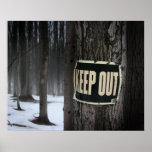 """Las maderas del invierno """"guardan hacia fuera"""" los impresiones"""