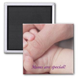 ¡Las mamáes son especiales! Imán