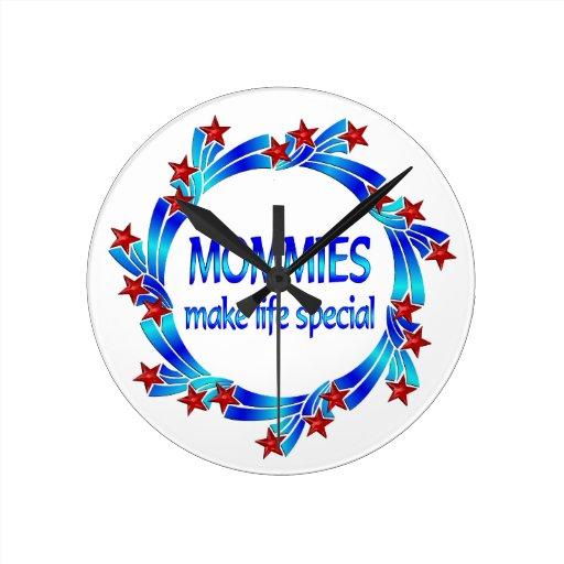 Las mamás hacen el Special de la vida Relojes De Pared