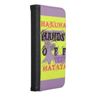 Las manos de Hakuna Matata agradecen a dios su