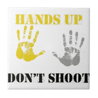 Las MANOS PARA ARRIBA NO HACEN SHOOT.png Azulejos