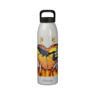 Las mantis religiosas cromadas diseñan 1 con el fu botallas de agua