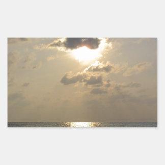 Las maravillas de dios - puesta del sol pegatina rectangular